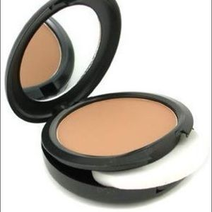 Mac Studio Fix Powder Plus Foundation C6